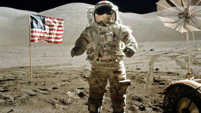Цена лунных ископаемых